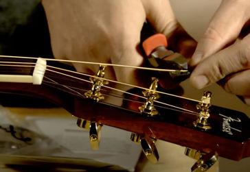 Jak vyměnit struny